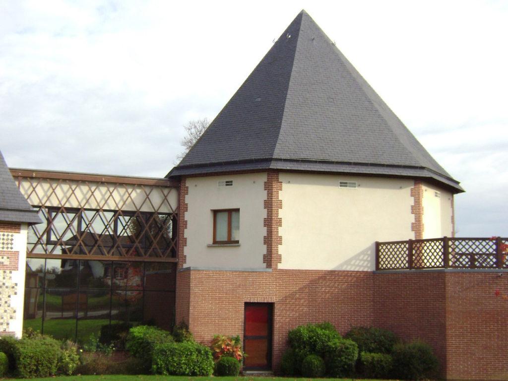 Maison Des Chasseurs Charpentes Traditionnelle - Bureau d'etudes structure bois : Lefebvre Sylvain - Vue Exterieur Tour