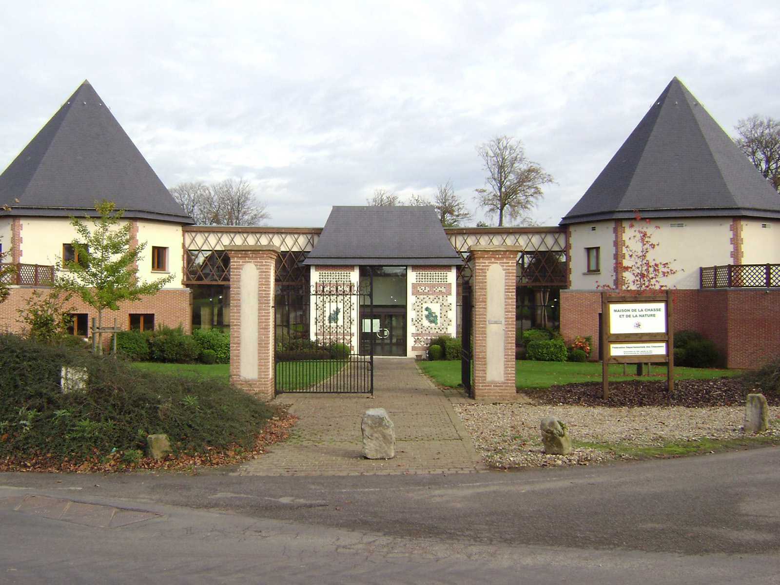 Maison Des Chasseurs Charpentes Traditionnelle - Bureau d'etudes structure bois : Lefebvre Sylvain - Vue Exterieur Globale
