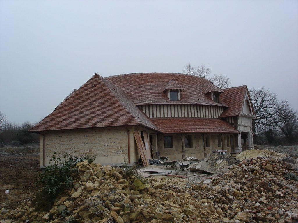 Manoir 7eme art Charpentes Traditionnelles - Bureau d'Etudes Structures Bois : Mr Lefebvre Sylvain - Vue exterieur face A