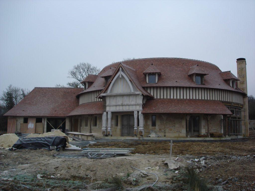 Manoir 7eme art Charpentes Traditionnelles - Bureau d'Etudes Structures Bois : Mr Lefebvre Sylvain - Vue de face
