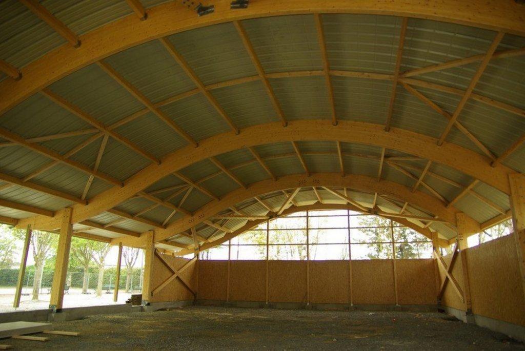 Boulodrome portique bois - Bureau d'etudes structure bois : Lefebvre Sylvain - Couverture terminé