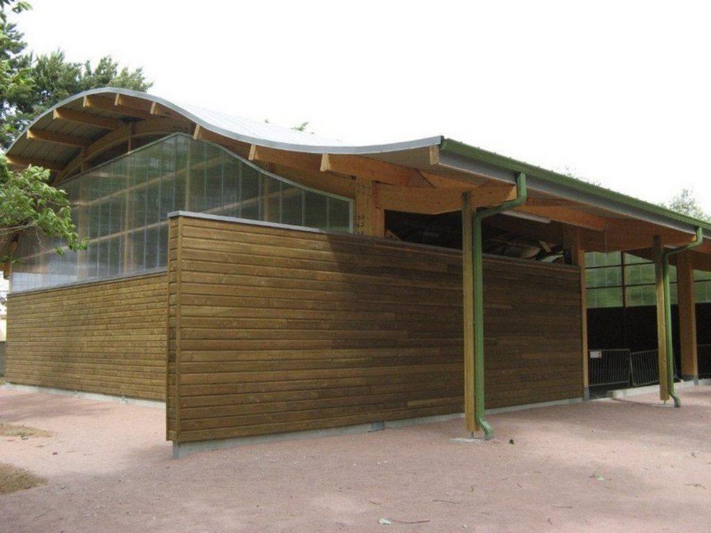 Boulodrome portique bois - Bureau d'etudes structure bois : Lefebvre Sylvain - Vue extérieur arriere